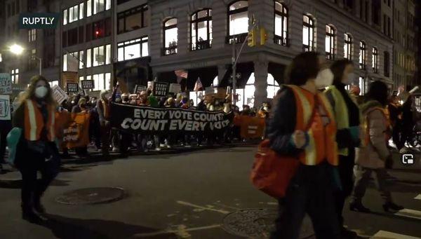 تظاهرات مردم نیویورک علیه ترامپ