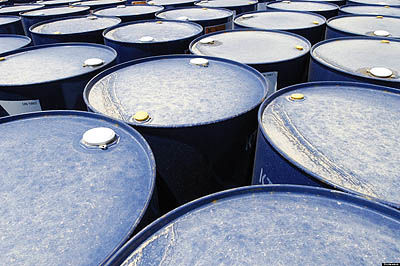 رکورد معکوس نفت جهانی