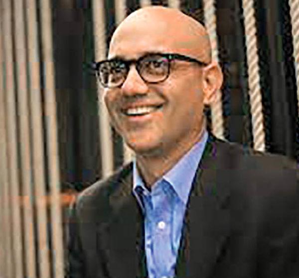 نویسنده پاکستانی  برنده جایزه کتاب آمریکا شد