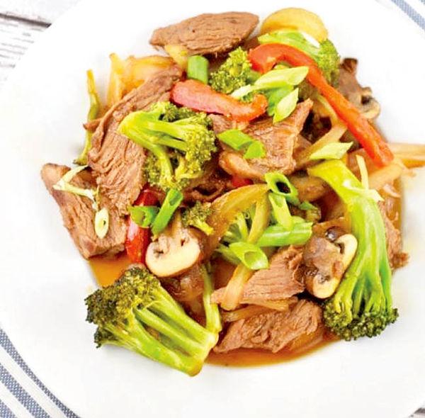 خوراک گوشت گاو و سبزیجات