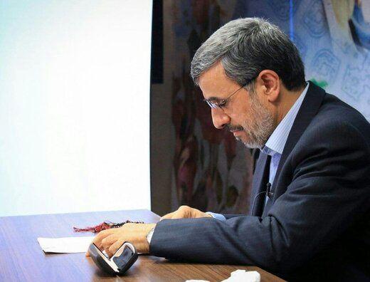 انتقاد تند احمدی نژاد از حمایت برخی از طالبان