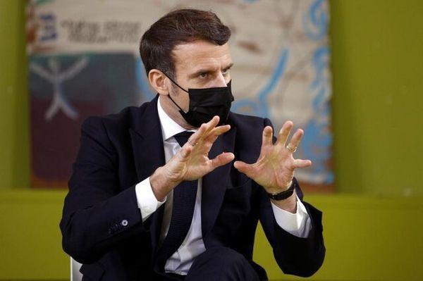 حضور مکرون در جمع دانشجویان معترض فرانسوی