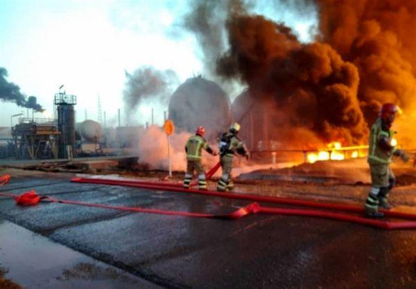 نخستین تصاویر از  آتشسوزی در پالایشگاه تهران