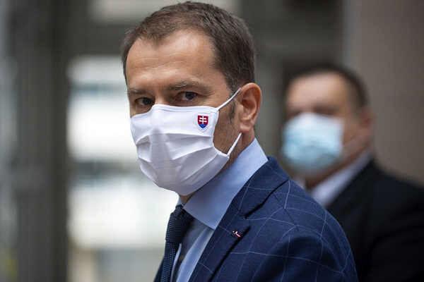 """نخست وزیر اسلواکی کرونا را با """"کمونیستها"""" یکی دانست"""