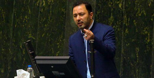 انتقاد یک نماینده مجلس از رانت ها و امضاهای طلایی