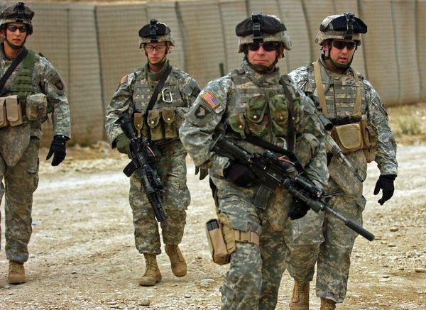 یک منبع عراقی: آمریکا از تحرکات داعش در عراق چشم پوشی میکند