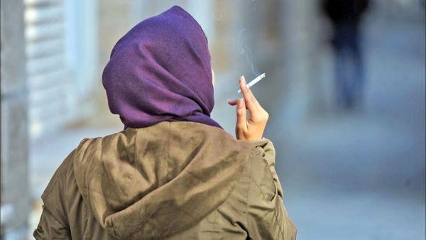 چرا برخی افراد سیگاری میشوند؟
