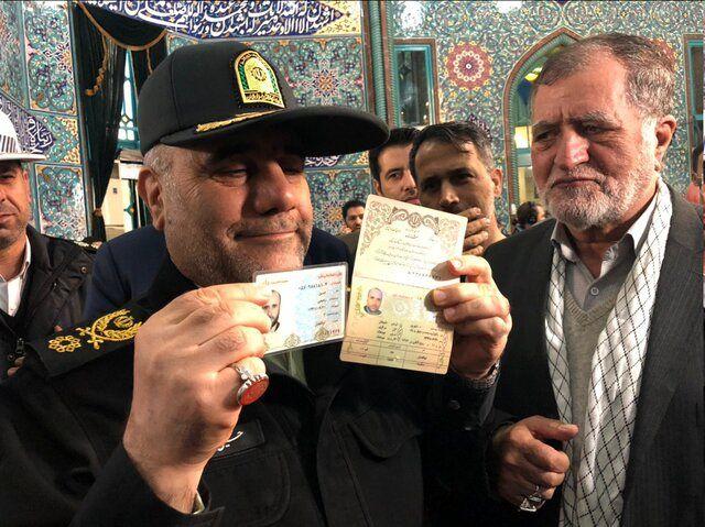 سردار رحیمی رای خود را به صندوق انداخت