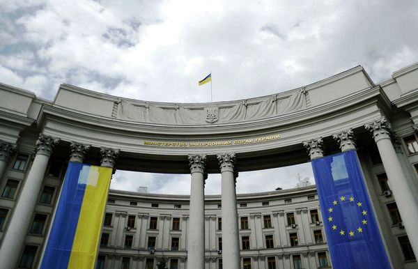 علت اخراج دیپلمات های ارشد روسیه و اوکراین