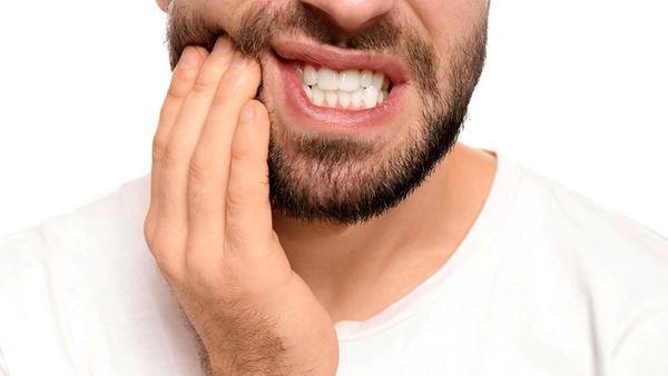 چگونه باید عفونت دندان را درمان کنم؟