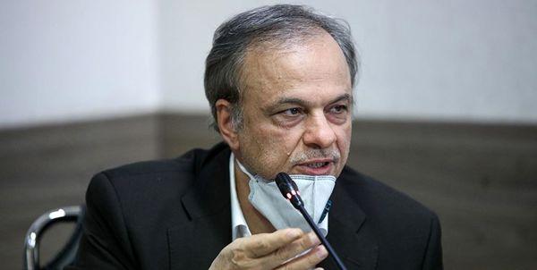 رزم حسینی: امروز شرمنده مردم هستیم/ قسم میخورم در هیچ شرکت خصوصی سهامدار نیستم