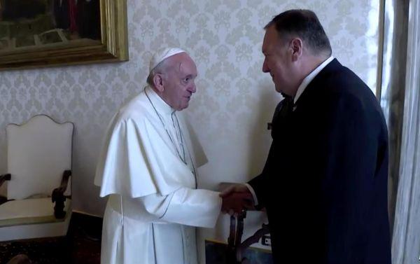 پاپ حاضر به دیدار با پمپئو نشد
