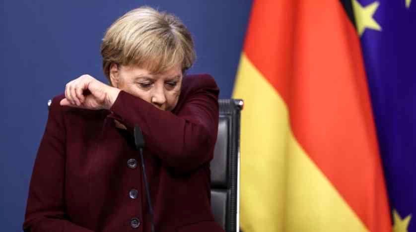 سرفه کردن مشکوک آنگلا مرکل در نشست اتحادیه اروپا