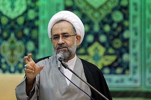 وزیر اطلاعات احمدی نژاد عقب نشینی کرد