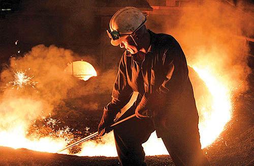 میزبانی تهران از داووس فولاد