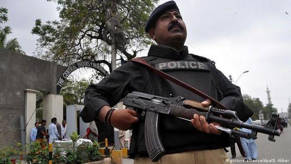 تیراندازی خونین در پاکستان 25کشته و زخمی برجای گذاشت