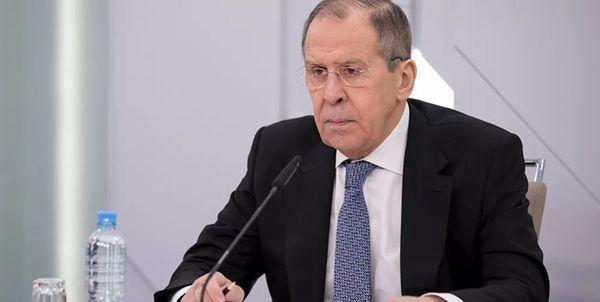 انتقاد لاوروف از حضور نظامی آمریکا در مرز اوکراین