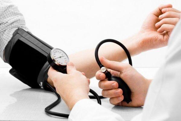 هشدار به بیماران مبتلا به فشار خون درباره کرونا