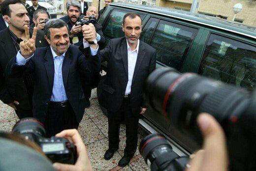احمدی نژاد: از حرفها و کارهایم پشیمان نیستم /بازجویی میکنید از من؟
