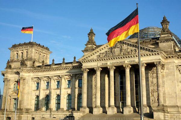 آلمان چگونه تعداد جانباختگان کرونا را کنترل کرد؟/ جزییات آزمایشها، رصد و پیگیری ژرمنها