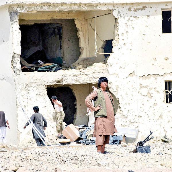 فساد اداری؛ عامل ویرانی افغانستان