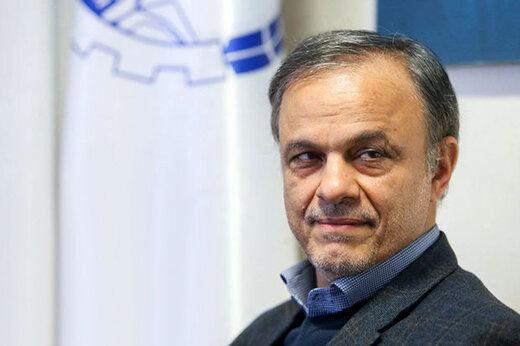 یک نماینده وزیر پیشنهادی صمت را دو تابعیتی خواند