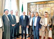 دیدار جمعی از مدیران مسوول روزنامههای غیردولتی با ظریف