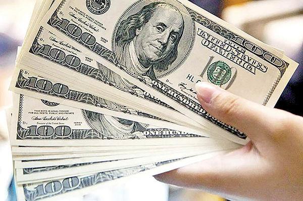 بازارساز ارزی با سفتهبازان دلار سرشاخ شد