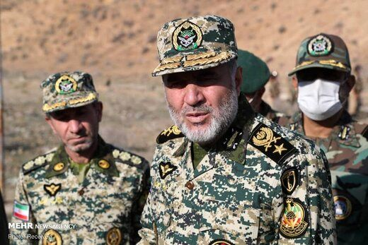 حضورمقام بلندپایه ارتش در مرزهای نزدیک به جنگ قره باغ + تصاویر