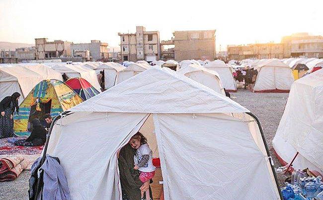 برقرسانی به چادرها در کرمانشاه