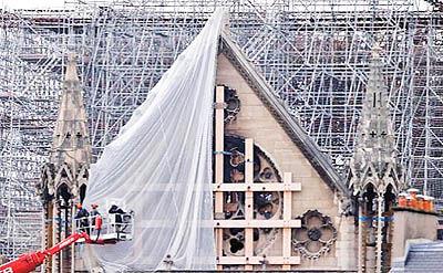 آغاز بازسازی کلیسای «نوتردام»