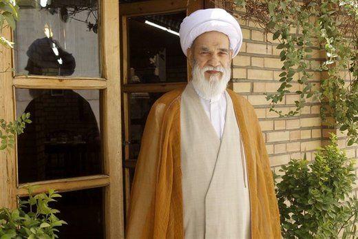 عضو جامعه روحانیت: دوران ریاست جمهوری پیرها به سر آمده است
