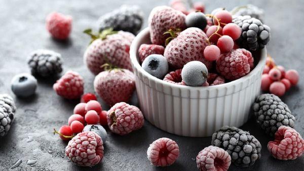 کدام میوه بهتر است؛ میوه تازه، خشک یا یخ زده؟