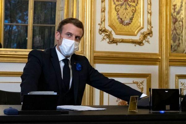 مکرون از بازگشت آمریکا به توافق پاریس استقبال کرد