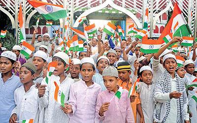 گاندی و جنبشهای ضداستعماری
