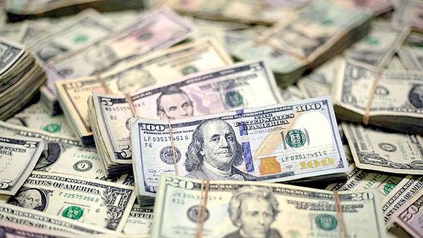 تردید معاملهگران در حفظ دلار