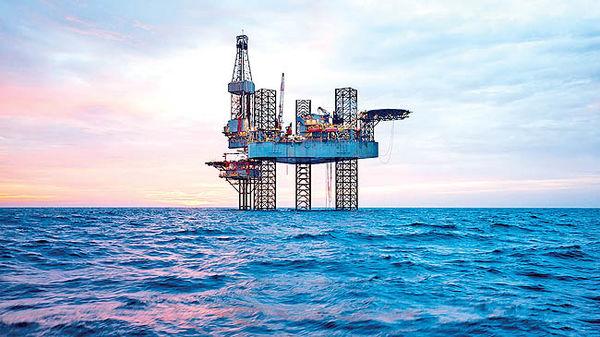 بازار نفت درگیر اختلافات کشورها/ موافقان و مخالفان توافق بزرگ چه کشورهایی هستند؟