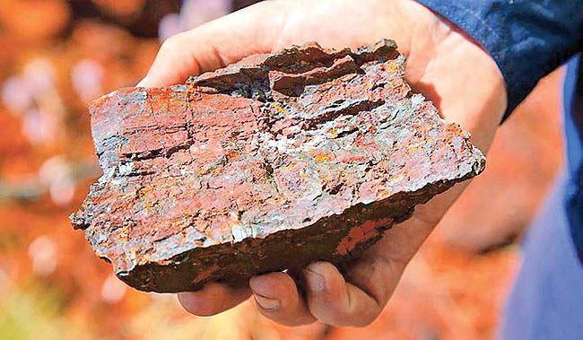ابهام در آینده سنگآهن ایران
