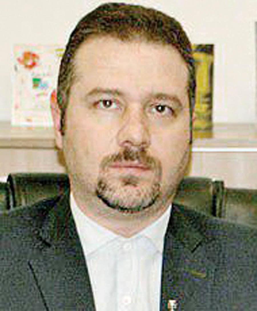 بیمه پارسیان مشتریان خود را سهامدار میکند