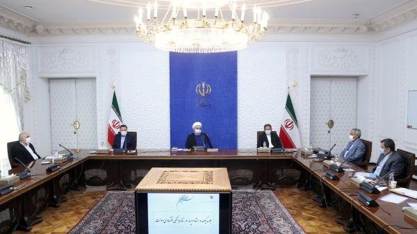روحانی: دنبال مقابله با نوسانات قیمتی هستیم/مسئولان با عقلانیت مانع منازعات سیاسی شوند