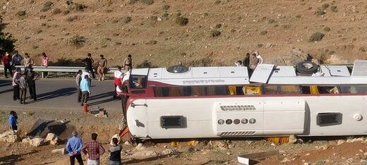 آمار نهایی حادثه امروز واژگونی اتوبوس خبرنگاران