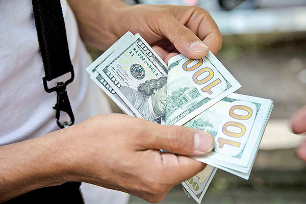 افت ارز و طلا در موعد «ماشه»