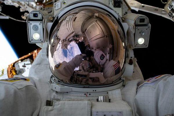 آغاز اولین پیادهروی فضایی سال ۲۰۲۱ تا ساعاتی دیگر