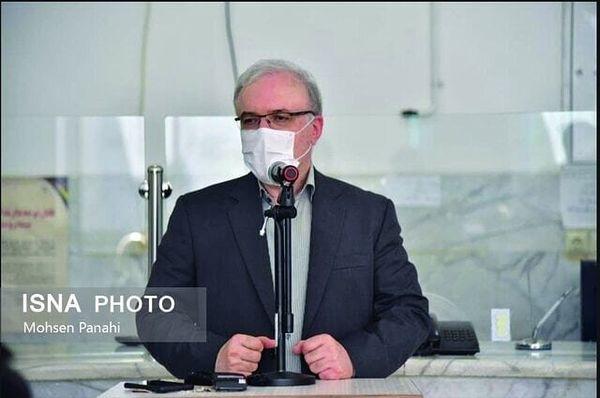 نمکی: هیچ جای دنیا واکسن را وزیر بهداشت نمیدهد/  عدهای در ابتدای ساخت واکسن خندیدند