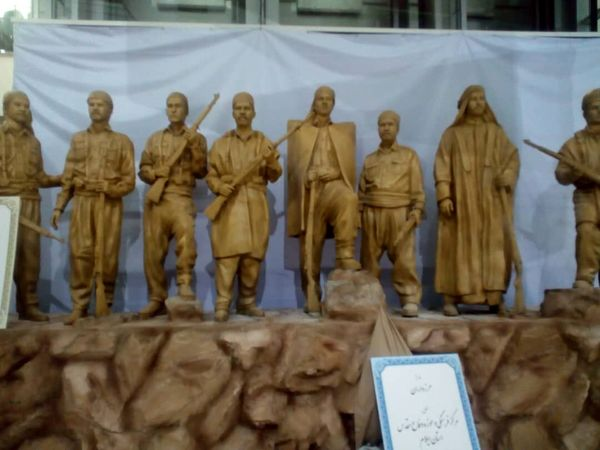 رونمایی رییس جمهور از تندیس مرزداران/عکس