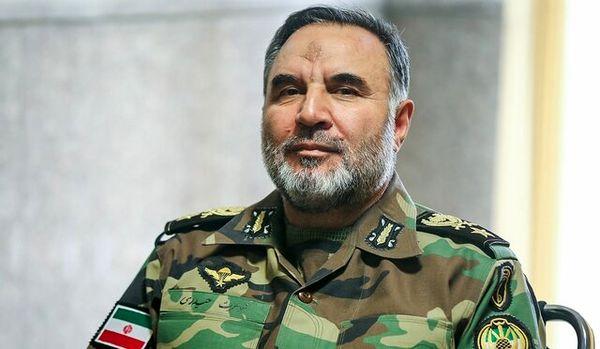 امیر حیدری: نیروی زمینی ارتش طومار هر متجاوز نابخردی را به سرعت در هم میپیچد