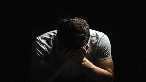 علائم و نشانههای افسردگی در مردان