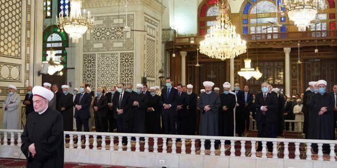 حضور بشار اسد در نماز عید فطر در دمشق/عکس