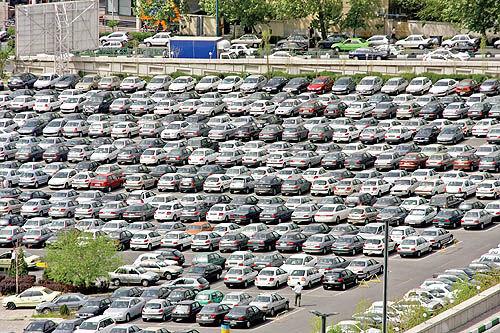 جابهجایی «بحران» در بازار خودرو