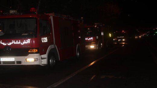 نجات ۲۵ نفر از حادثه آتش سوزی در خیابان نیروی هوایی